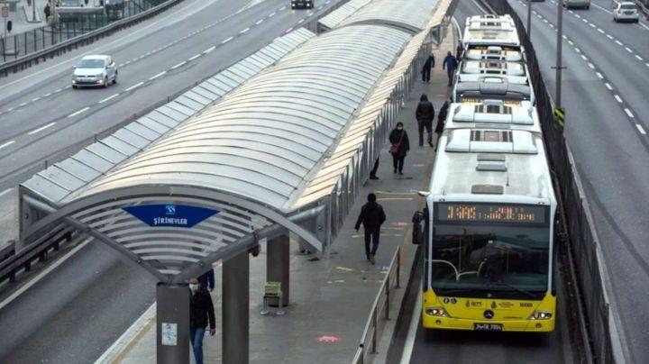 Metrobus-Duraklari.jpg